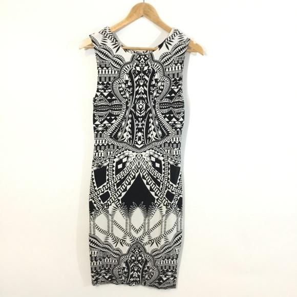 Tart Dresses & Skirts - ⬇️TART   EUC Black And White Sleeveless Dress